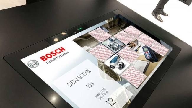 Touch-Table mit Memory-Game fuer den Einsatz auf Messe und Events