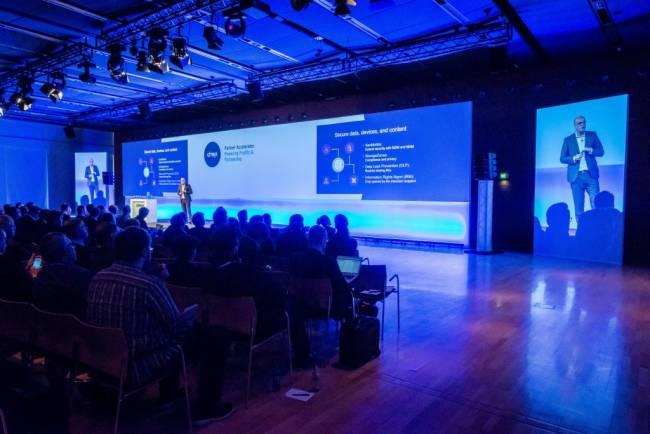 Spannende Vorträge in großem Rahmen begeistern das Publikum der Citrix Veranstaltung.